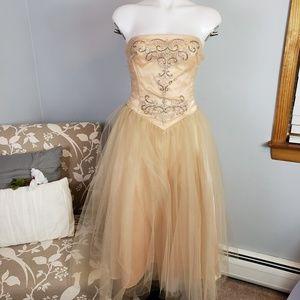 Scott McClintock formal dress prom embellish tulle